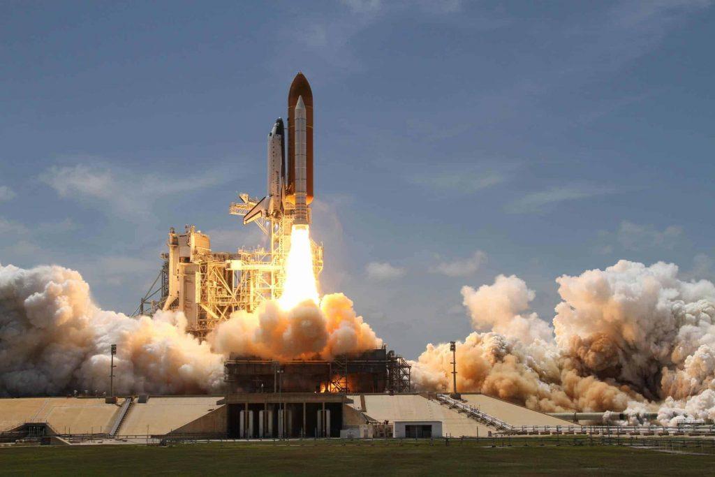 Elon Musk llevará marihuana al espacio