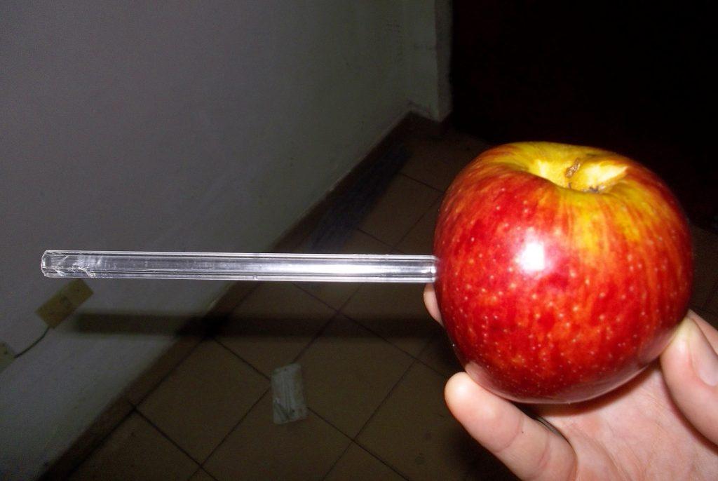 Hacer una Pipa con una Manzana para fumar Marihuana